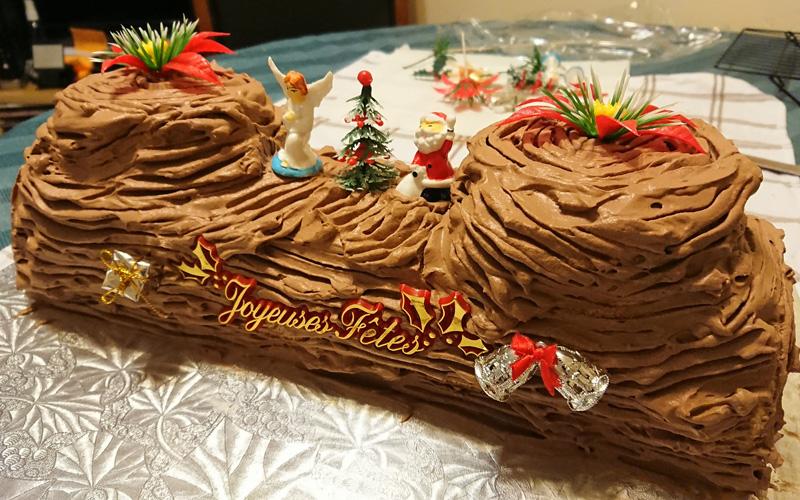 Banh Noel - Bánh khuc cây